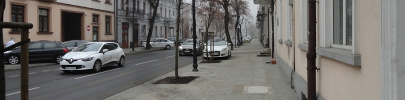 Dziurawe chodniki w centrum pomału odchodzą do przeszłości - Zdjęcie główne