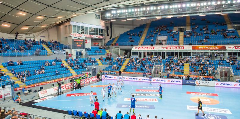 Nafciarze awansowali do finału przy wpół pustych trybunach [FOTO] - Zdjęcie główne