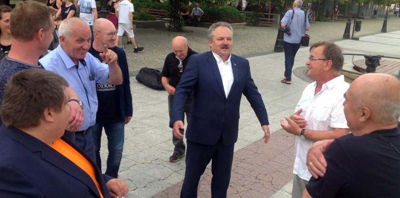 Jakubiak straszy Trzaskowskim. Czyja ta Polska będzie? - Zdjęcie główne