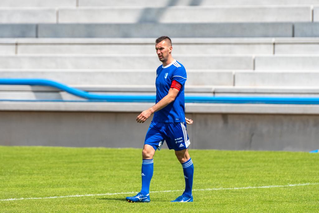 Bartłomiej Sielewski zawiesił buty na kołku. 10 bramek w pożegnalnym meczu [ZDJĘCIA] - Zdjęcie główne