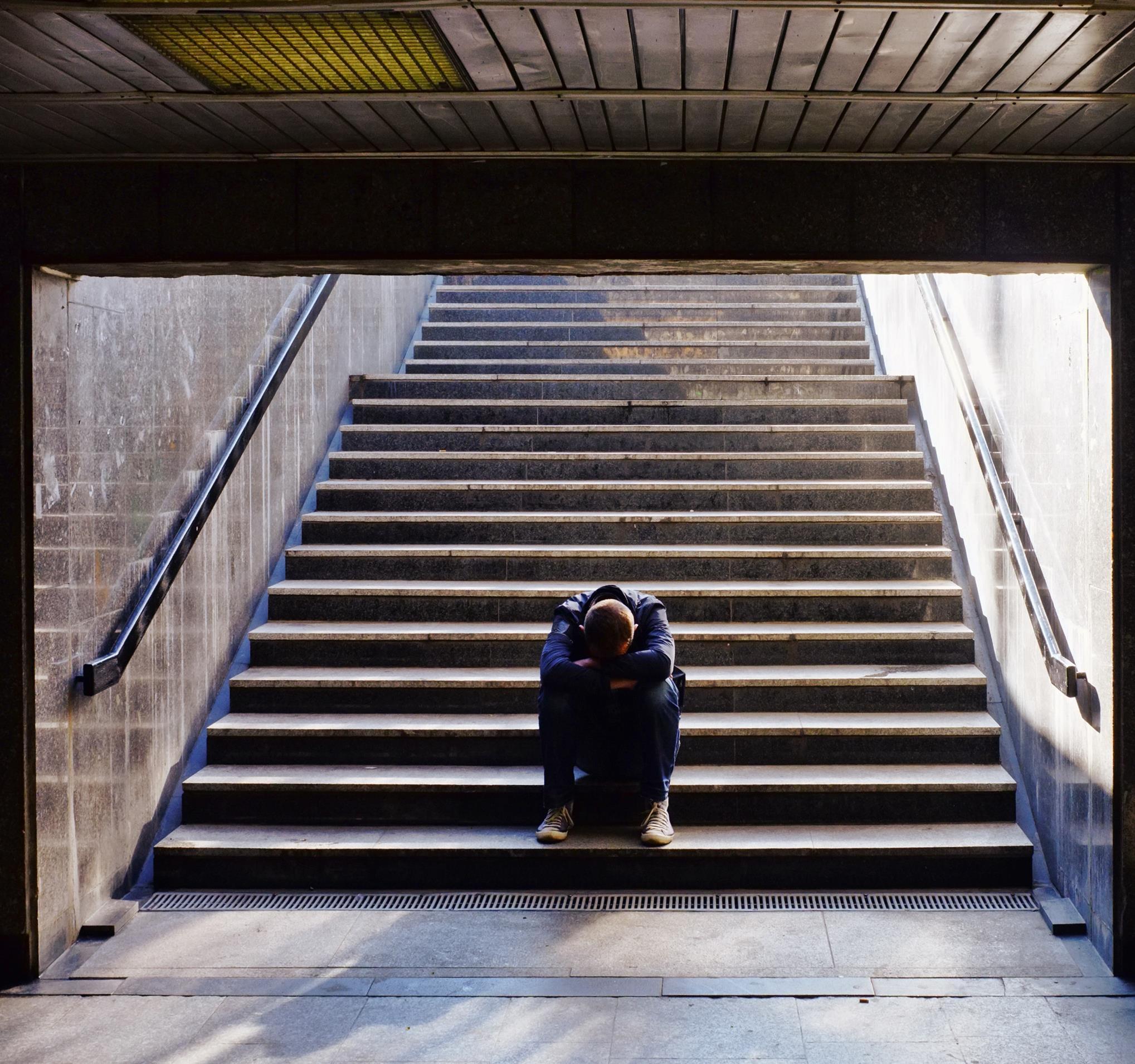 Jak odróżnić depresję od buntu i pomóc swojemu dziecku? - Zdjęcie główne