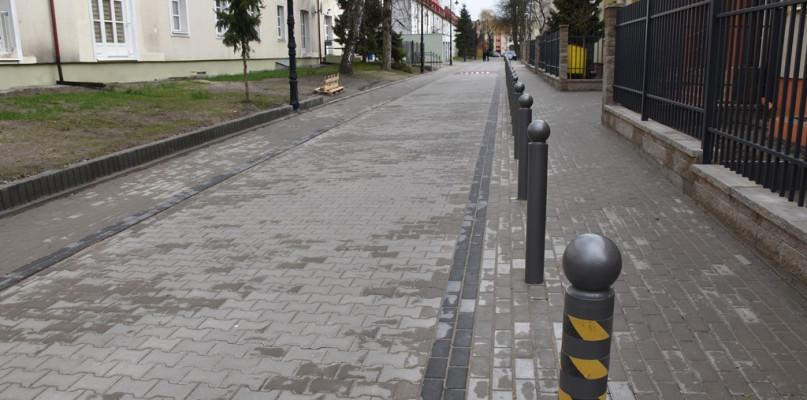 Uważajcie gdzie parkujecie! Na tej ulicy łatwo o mandat - Zdjęcie główne