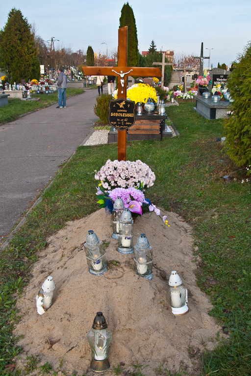 Zaduma, cisza, nostalgia... Cmentarze w Płocku i okolicy - Zdjęcie główne