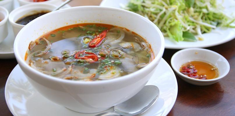 Kuchnia wietnamska – czego warto spróbować, by rozsmakować się w daniach tej części świata? - Zdjęcie główne