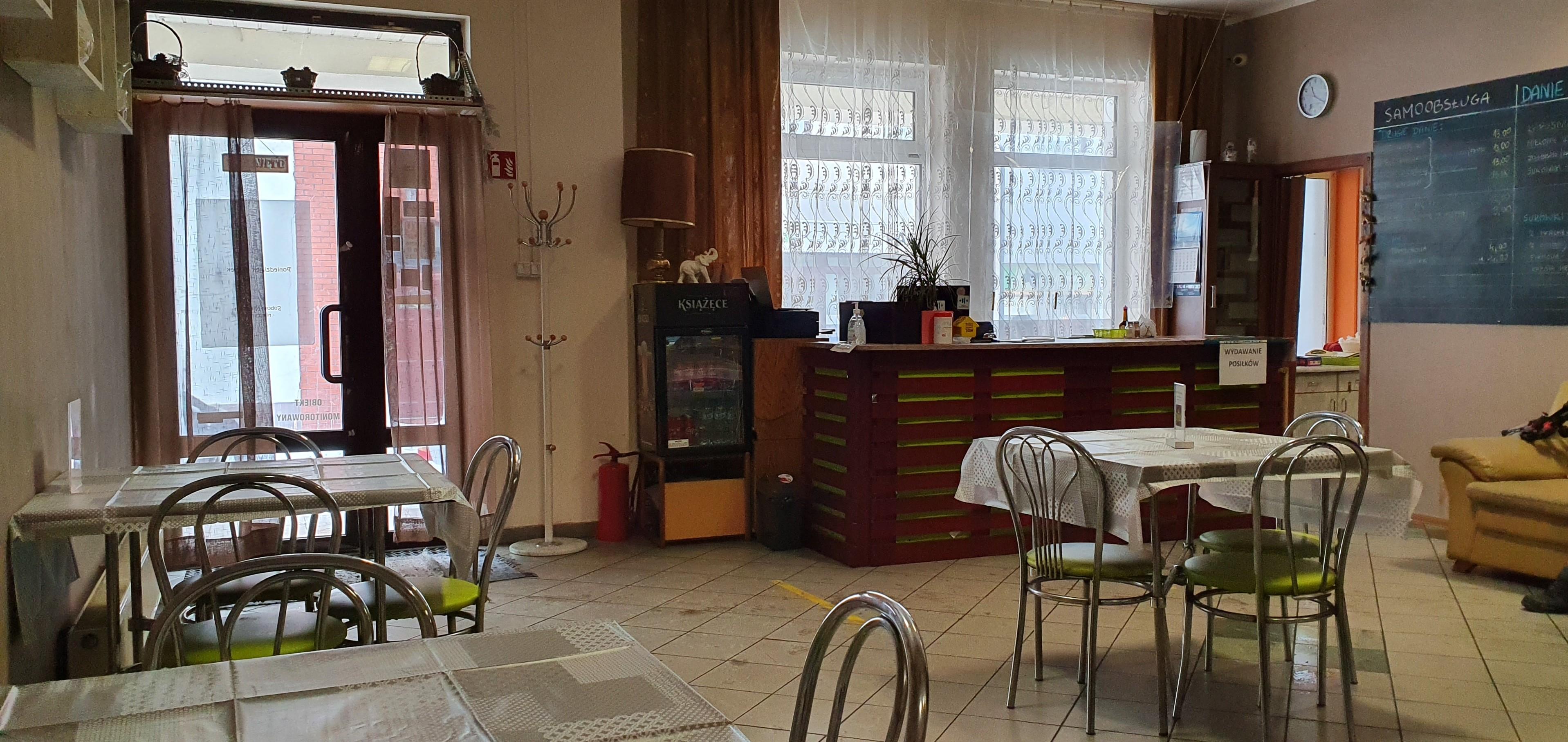 Płocka restauracja otworzyła się mimo obostrzeń. - Chcemy bronić miejsc pracy  - Zdjęcie główne