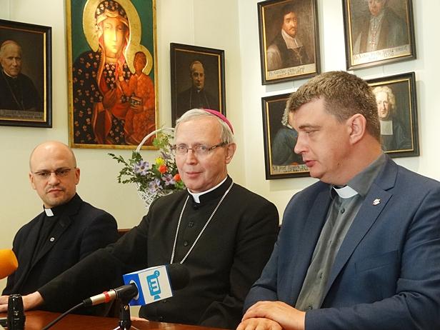 Przyjeżdża do diecezji po 40 latach przerwy - Zdjęcie główne