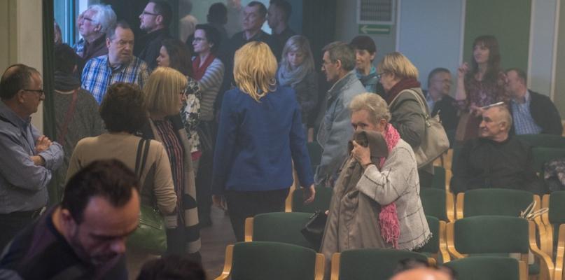 Prokuratura zdecydowała ws. incydentu na spotkaniu z Michnikiem - Zdjęcie główne