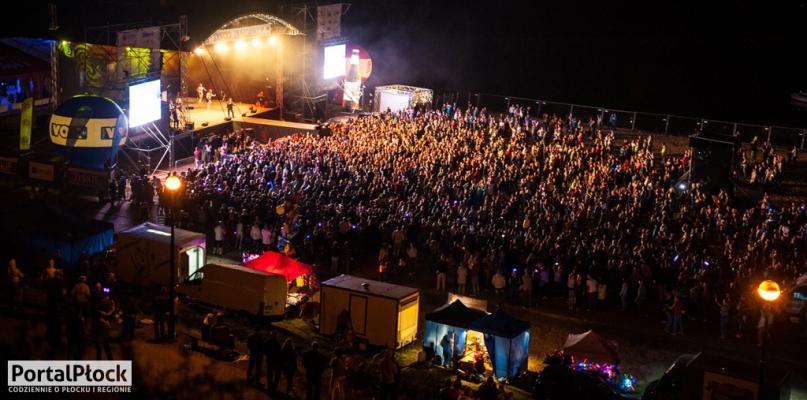 Jedna z gwiazd Disco nad Wisłą nie dotrze na koncert - Zdjęcie główne