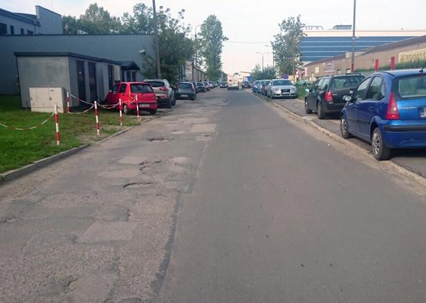 Dziurawa ulica przestanie straszyć - Zdjęcie główne