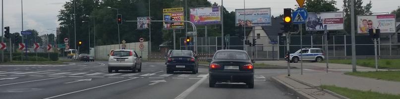 Chaos na skrzyżowaniach. Policja: nie było potrzeby kierowania ruchem - Zdjęcie główne