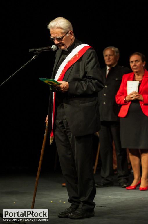 Mistrzowie Mowy Polskiej - Zdjęcie główne