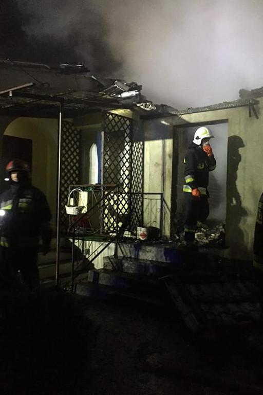 Pożar budynku mieszkalnego - Zdjęcie główne