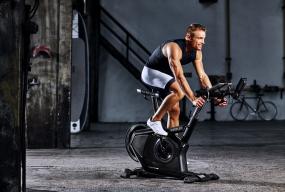 Rower treningowy - dostępne rodzaje. Cechy dobrego sprzętu - Zdjęcie główne
