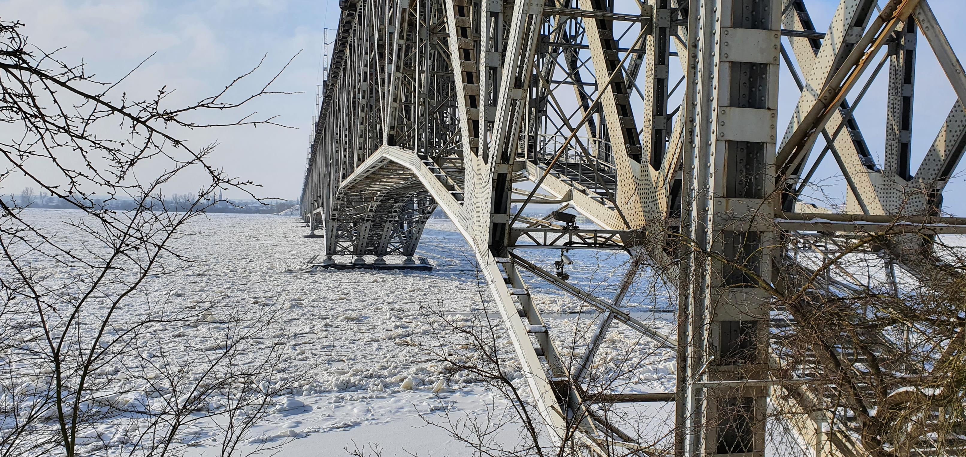 Ryzyko zamknięcia mostu jest minimalne, ale taki scenariusz jest gotowy  - Zdjęcie główne