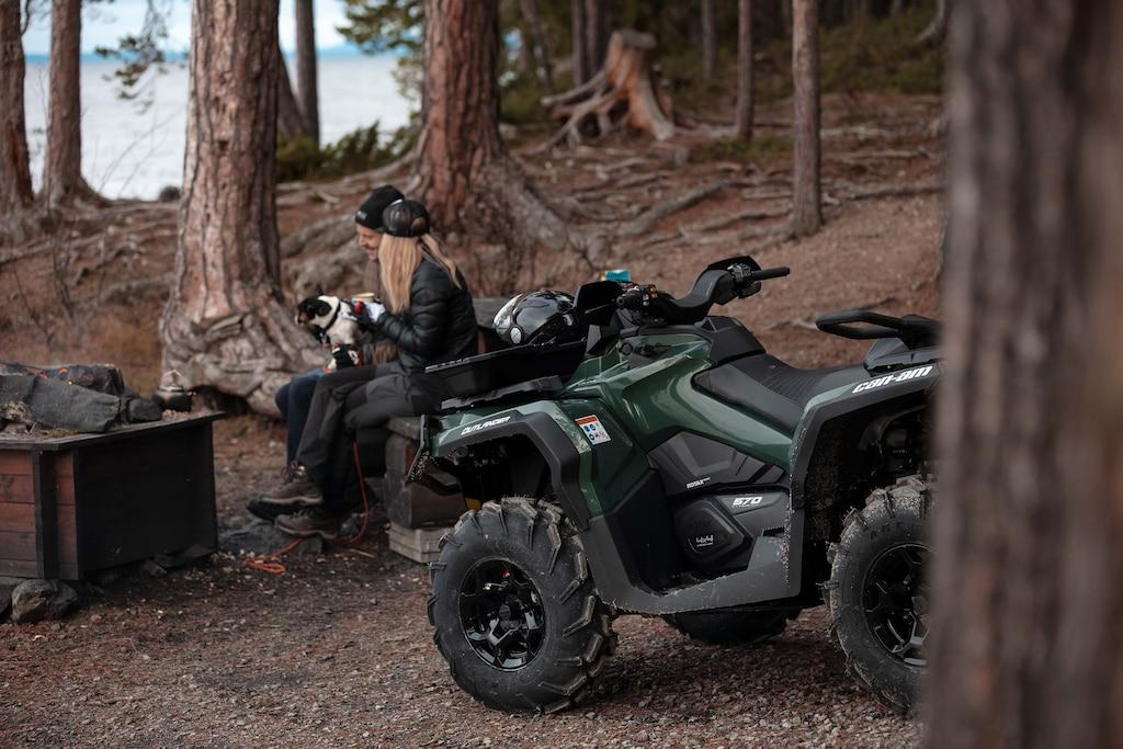 Can-AM Outlander – pojazd na każde warunki - Zdjęcie główne