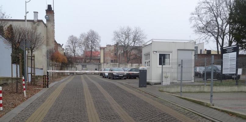 Spółka miejska zmniejszyła stawkę abonamentu za parking w centrum - Zdjęcie główne