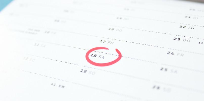 Kalendarz B5 tygodniowy – jakie są wady i zalety? - Zdjęcie główne