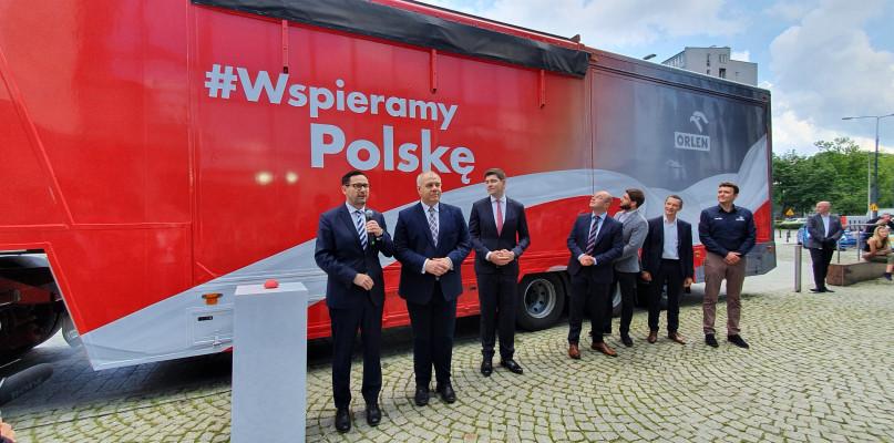 Ciężarówka ruszy w kraj. ORLEN rozpoczął akcję #WspieramyPolskę - Zdjęcie główne