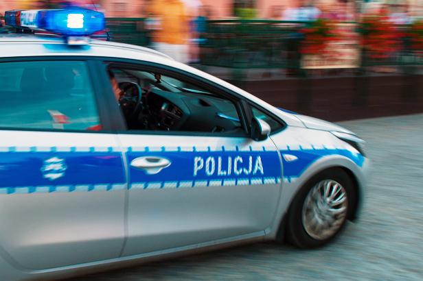 Policyjny helikopter latał nad Borowiczkami - Zdjęcie główne
