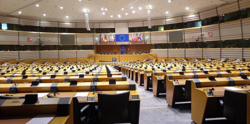 Zdecyduj na kogo stawiasz w wyborach do europarlamentu. Oto kandydaci...  - Zdjęcie główne