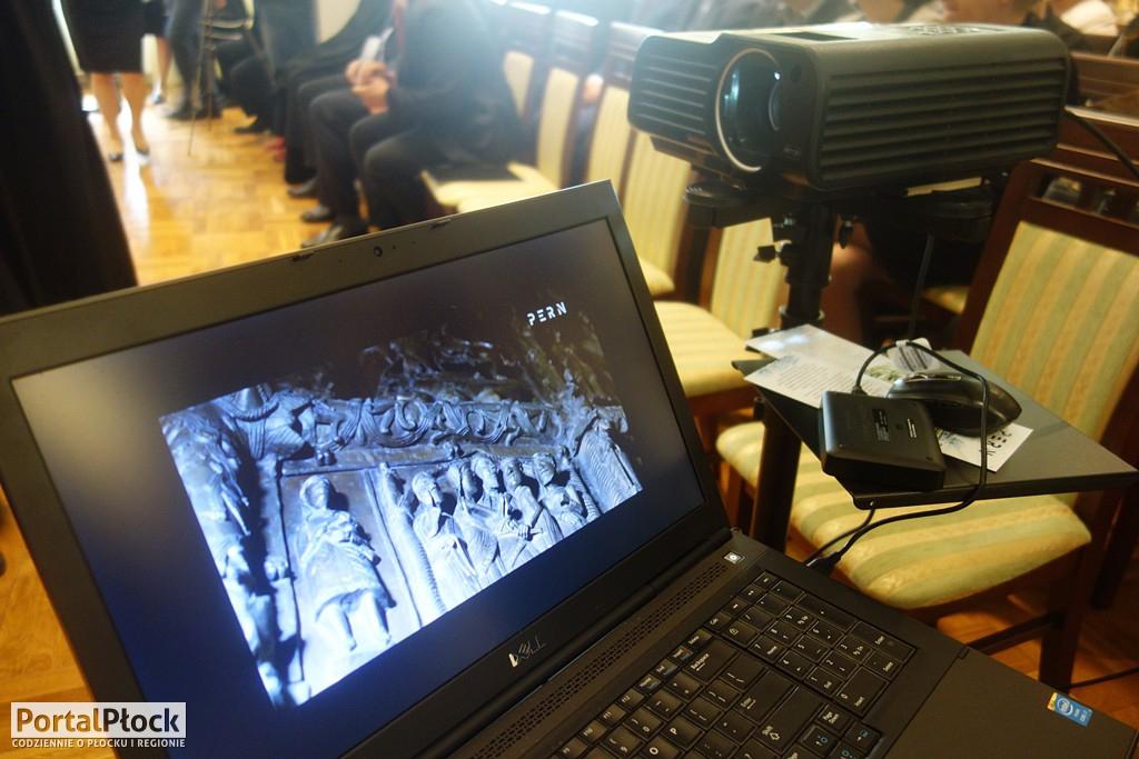 Konferencja na temat Kaplicy Królewskiej - Zdjęcie główne
