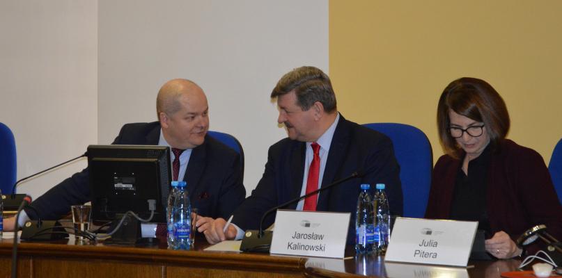 O euro, imigrantach i Brexicie debatowano w Płocku - Zdjęcie główne