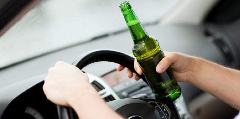 Zatrzymano pijanych kierowców. Jeden wydmuchał ponad trzy promile - Zdjęcie główne