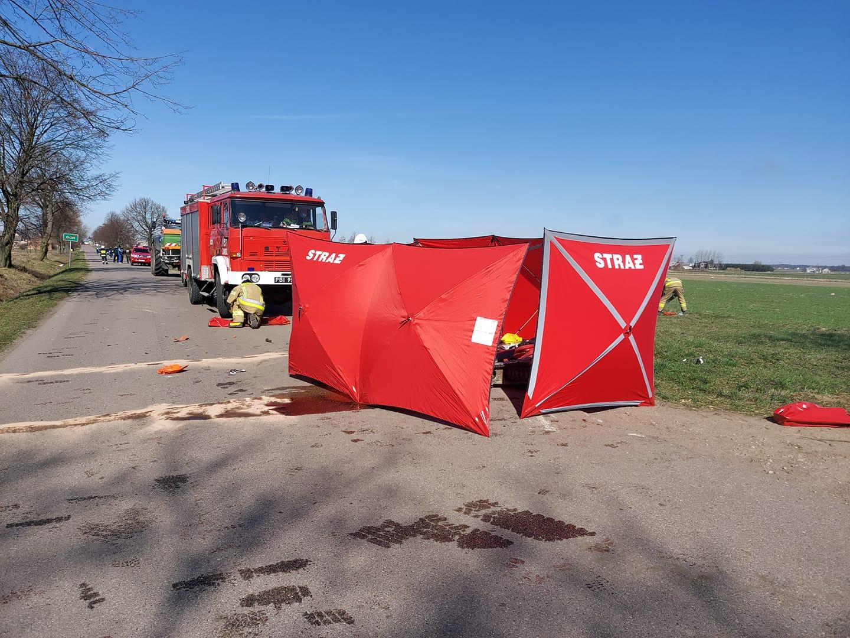 Śmiertelny wypadek. Motocyklista zderzył się z traktorem  - Zdjęcie główne