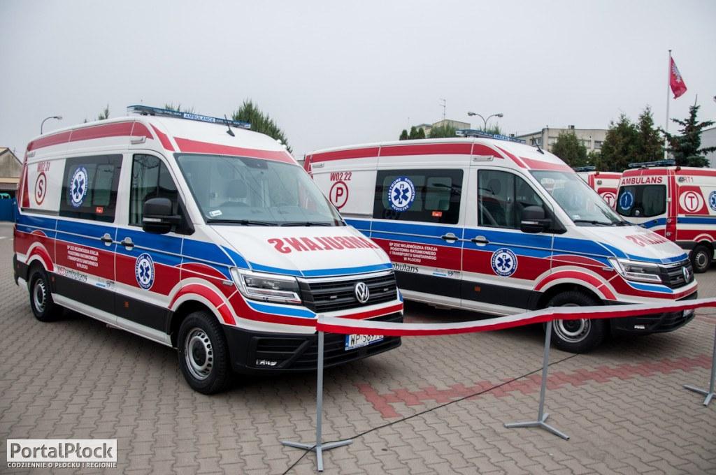W płockim pogotowiu odczuwają trzecią falę pandemii. - Ostatnie dni są dla ratowników bardzo ciężkie - Zdjęcie główne