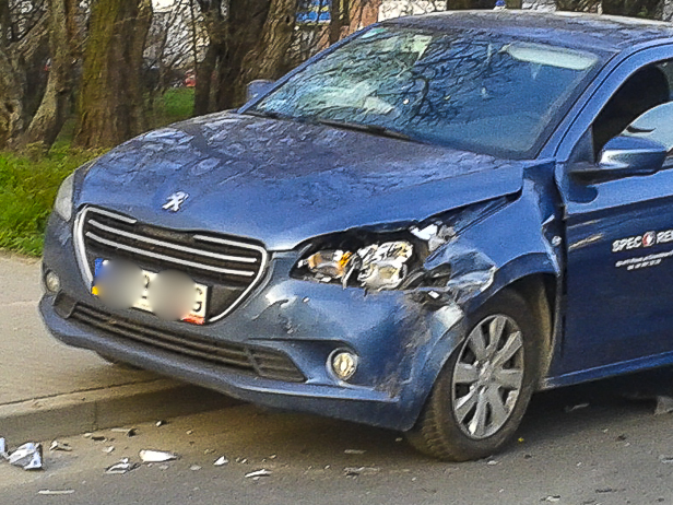Zderzenie aut przy Wyszogrodzkiej[FOTO] - Zdjęcie główne