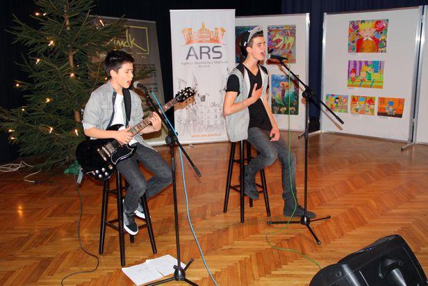Młodzi Artyści z Warszawy śpiewali w MDK - Zdjęcie główne