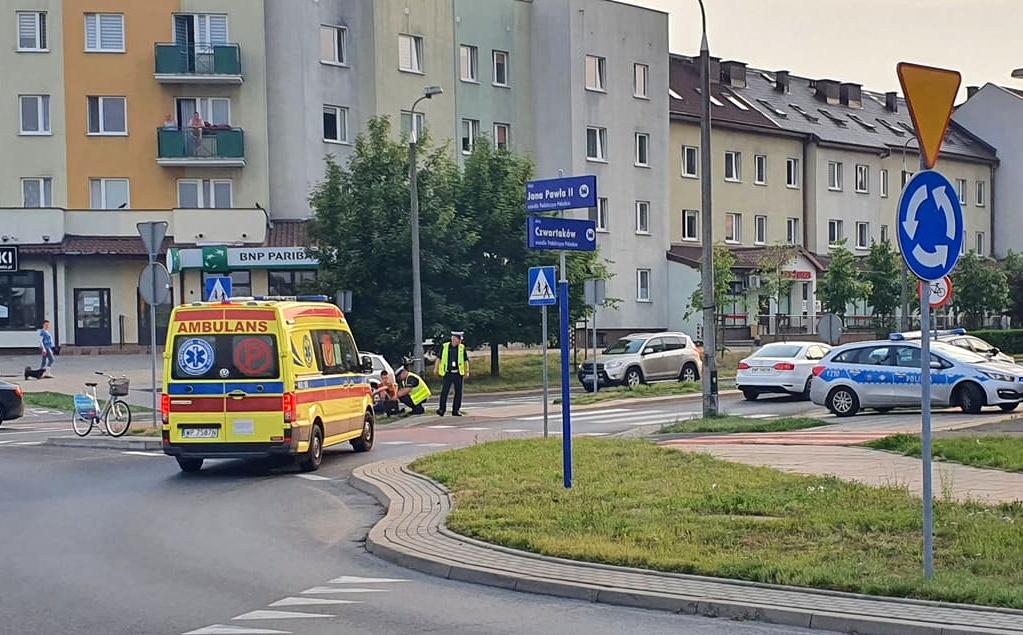 Rowerzystka potrącona przy Galerii Wisła. Utrudnienia w ruchu - Zdjęcie główne