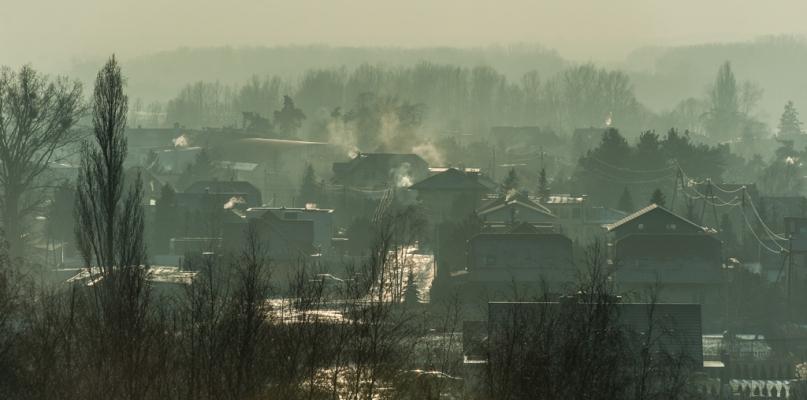 Fatalna jakość powietrza. Lepiej nie wychodź z domu - Zdjęcie główne