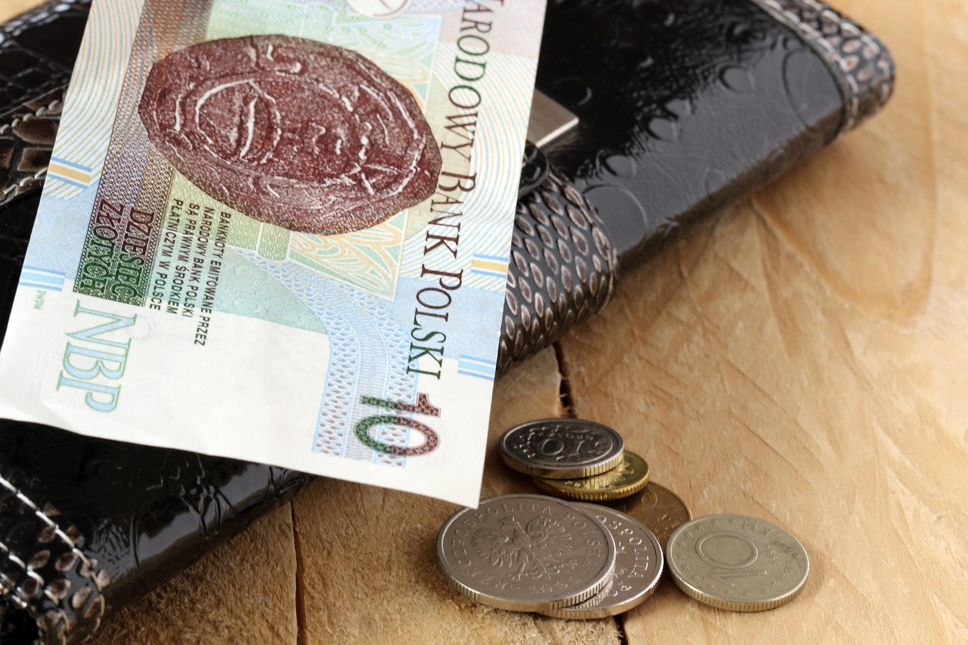 Wzrosną najniższe zarobki. Ile wyniosą od stycznia? - Zdjęcie główne