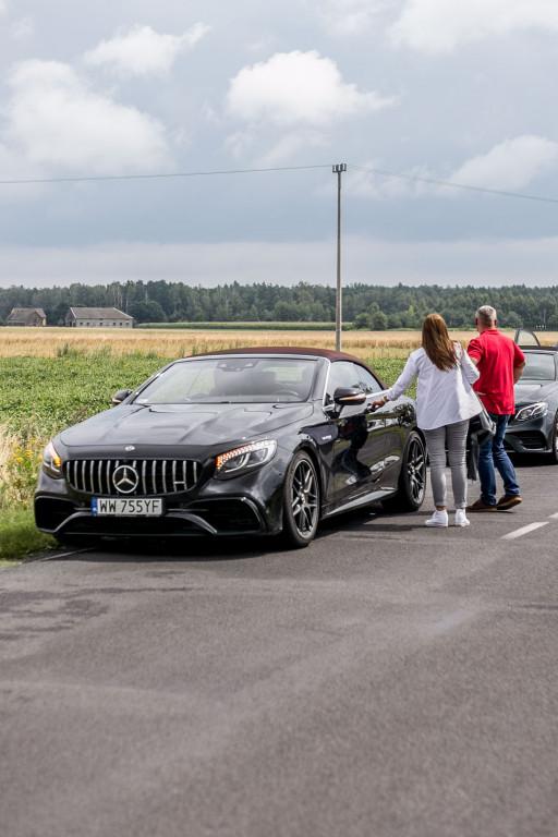 Dream Cars w salonie Mercedesa - Zdjęcie główne
