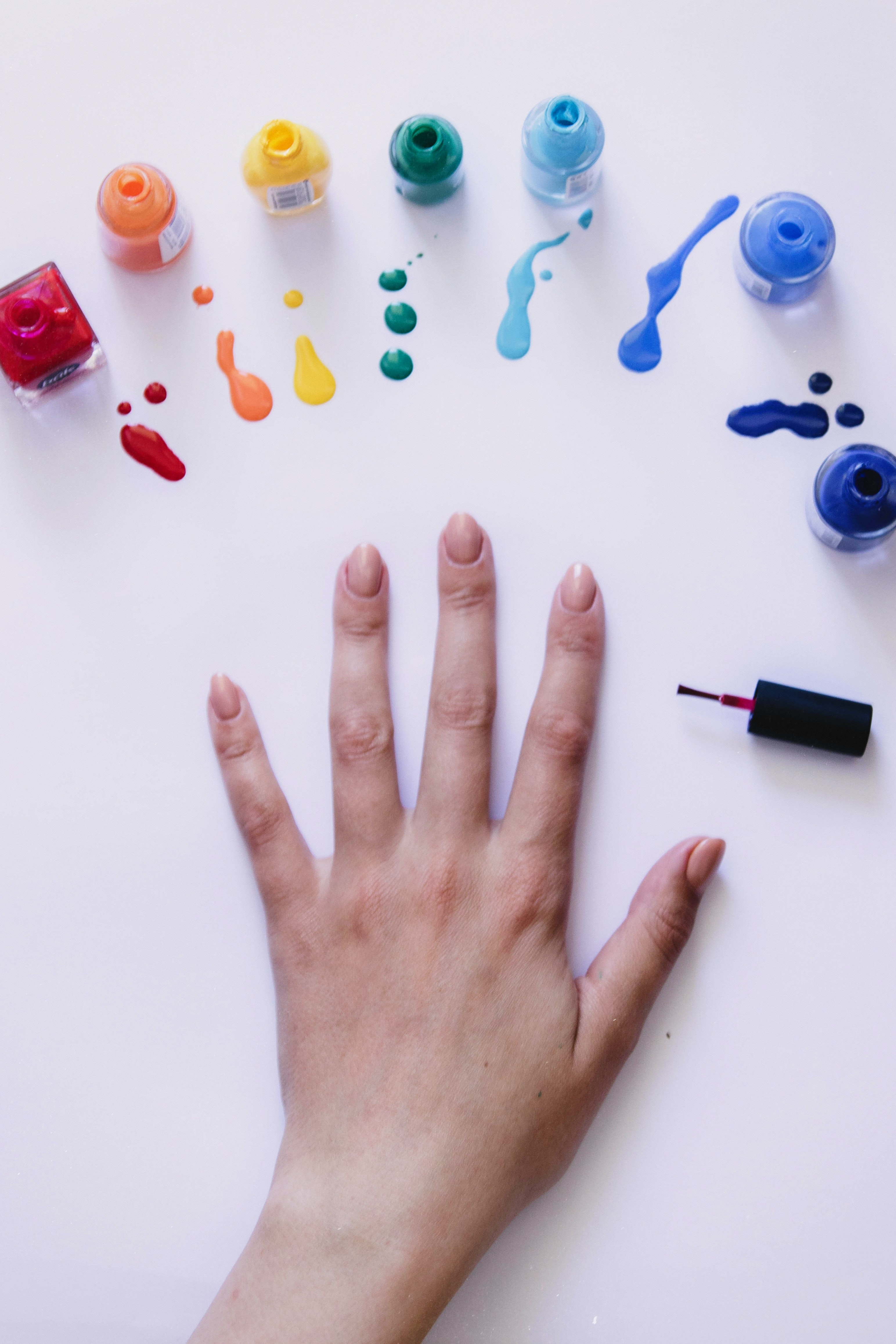 Modne paznokcie na jesień 2021 - Zdjęcie główne