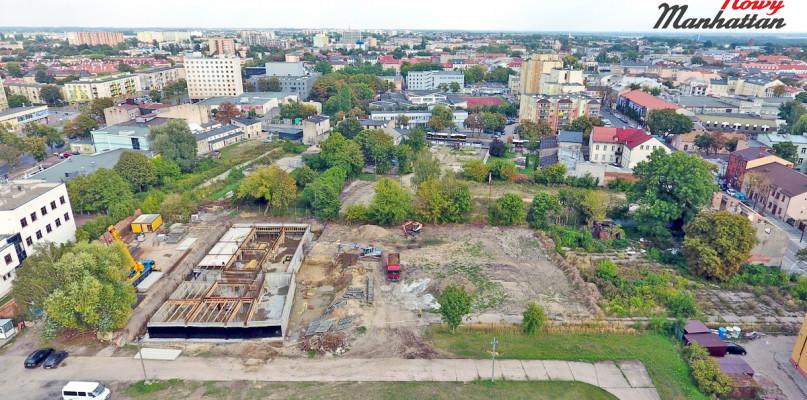 Było targowisko, będzie nowe osiedle mieszkaniowe. ZOBACZ FILM - Zdjęcie główne