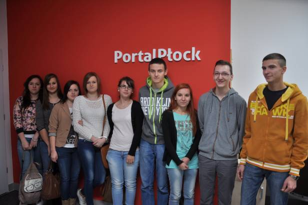 Uczniowie odwiedzili dziś naszą redakcję - Zdjęcie główne