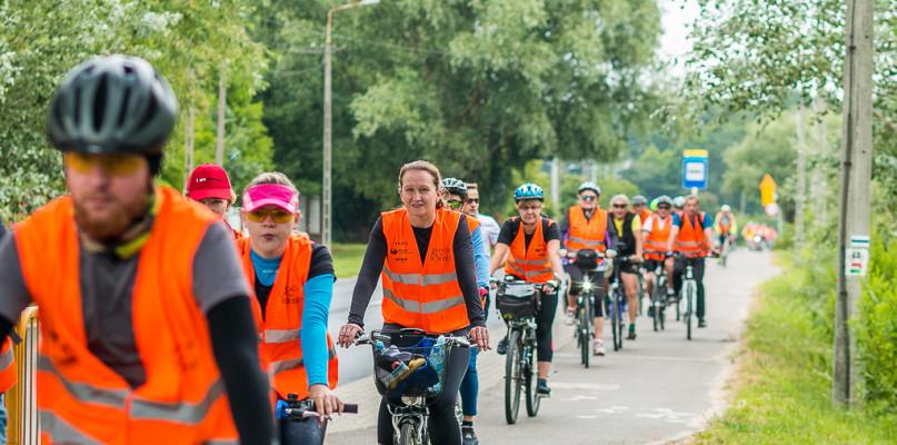 Płock na rowery! Na początek pojechali do Olendrów [FOTO] - Zdjęcie główne