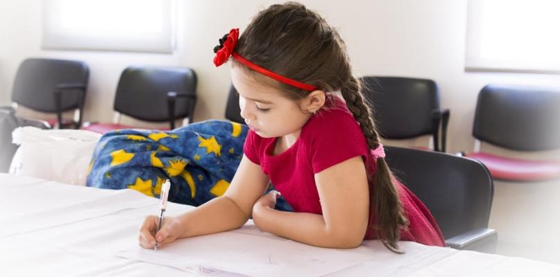 Szkoła przyjaźni, asertywności i kompromisów- już dzisiaj pomyśl o takich korzyściach dla Twojego dziecka. To zaowocuje w przyszłości - Zdjęcie główne