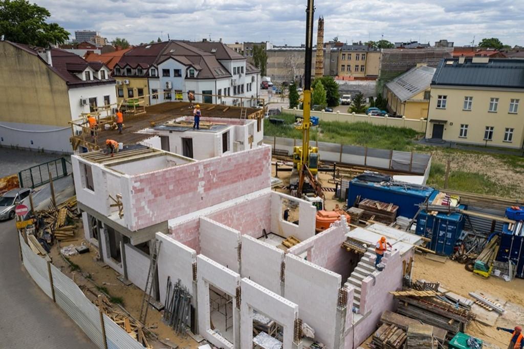 Powstają kolejne mieszkania na start - Zdjęcie główne