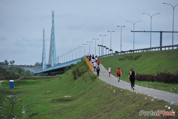 Gigantyczna kasa. Most nie dla rowerzystów - Zdjęcie główne