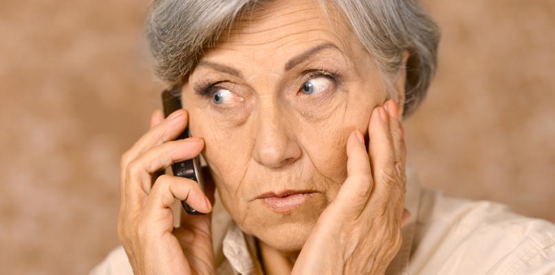 Próby naciągania starszych. Oszuści dzwonią, podając się za ZUS - Zdjęcie główne