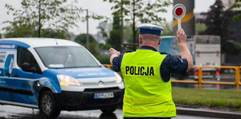 Nieoznakowany radiowóz będzie patrolował cały dzień. Gdzie?  - Zdjęcie główne
