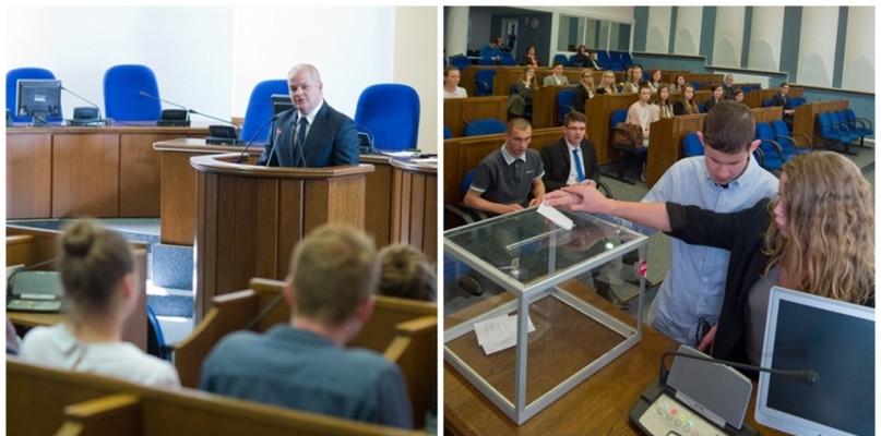 Wybrano 31 młodych radnych miasta Płocka. Niebawem złożą ślubowanie - Zdjęcie główne