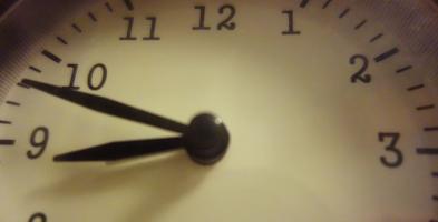 Lada dzień przestawiamy wskazówki zegarków. Ostatni raz? - Zdjęcie główne