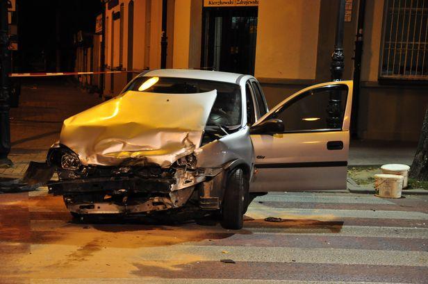 Wypadek na Bielskiej. Są ranni [FOTO] - Zdjęcie główne