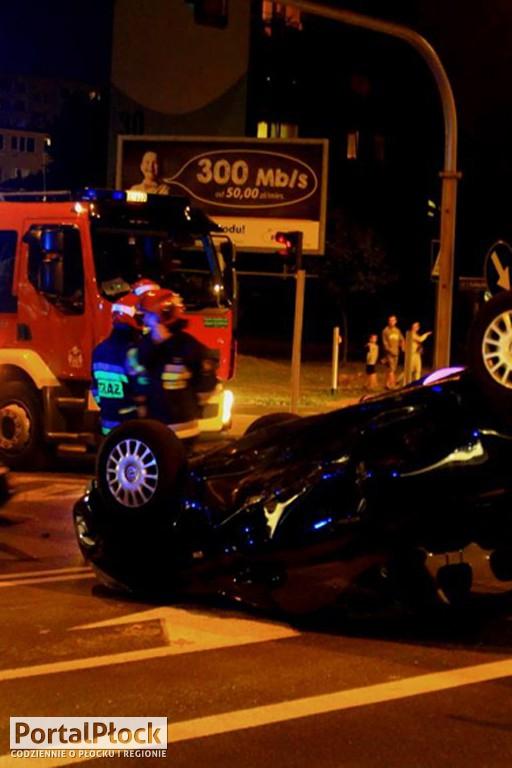 Wypadek na Łukasiewicza. Są ranni - Zdjęcie główne
