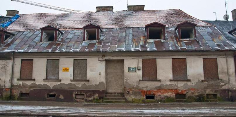 Wkrótce zniknie kamienica w centrum miasta - Zdjęcie główne