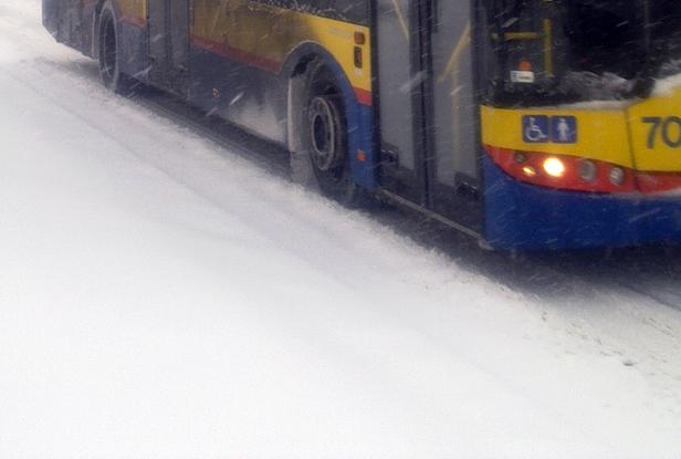 Nieprzejezdne drogi. Autobusy odwołane - Zdjęcie główne